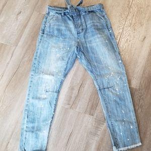 Distressed boyfriend style jean